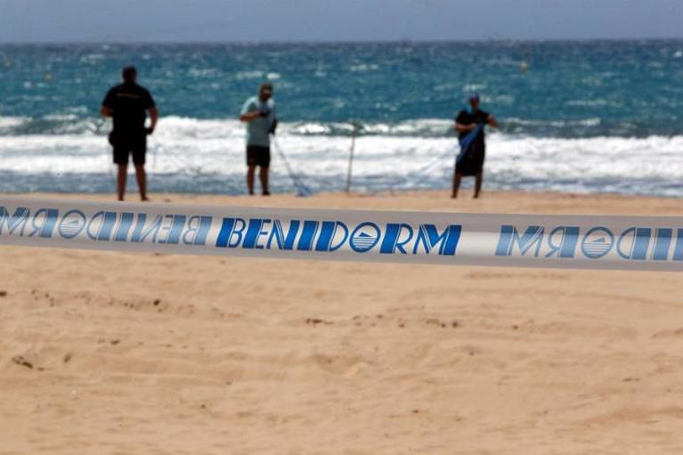 playas benidorm covid