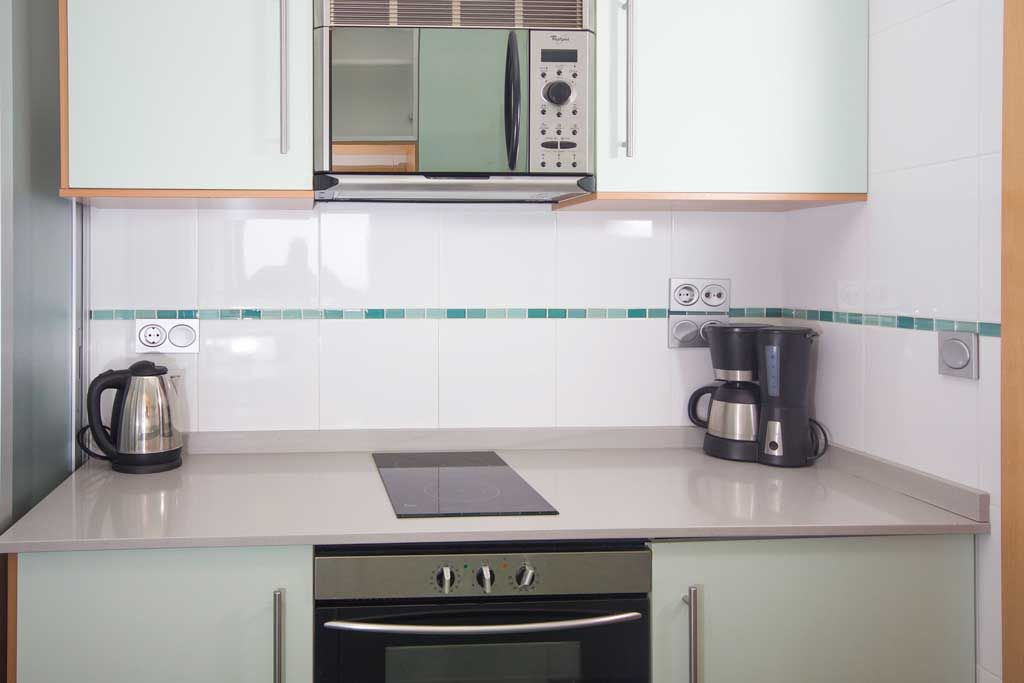 Benidorm apartments - Kitchen Coblanca 41