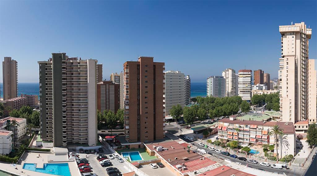 Apartments with swimming pool in Benidorm - Beninter Rents