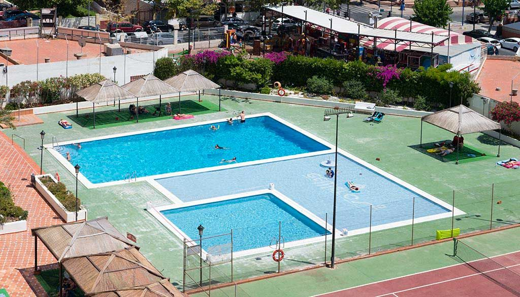 Benidorm Holidays - Swimming pool Gemelos 2