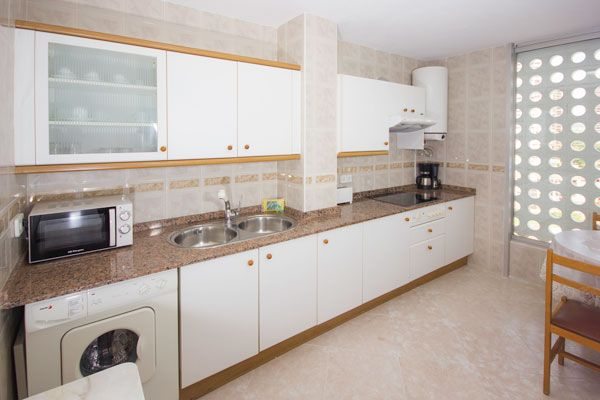 Benidorm apartments - Kitchen Principado Europa